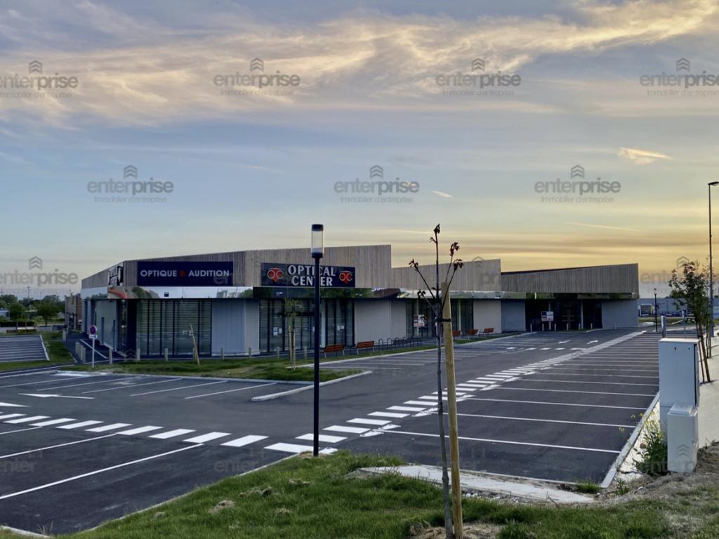 Location Commerce Péronne  485
